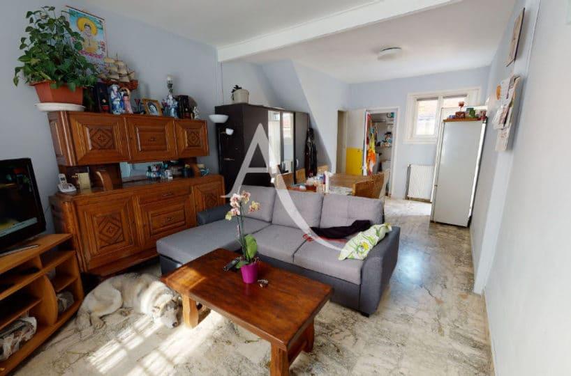 agence immobilière val de marne: 6 pièces 105 m², séjour double, cour intérieure, terrain 90 m², centre ville