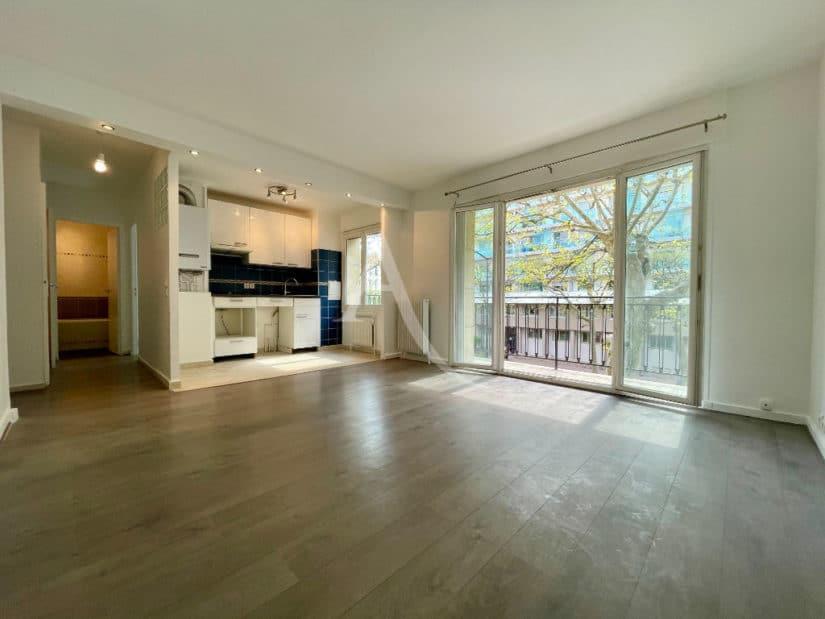 agence immobilière charenton-le-pont: 2 pièces 43 m² avec balcon proche métro et bois