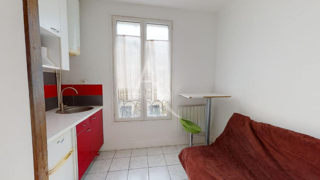 vente appartement alfortville: studette 9 m² au 1er étage, excellent état, meublé