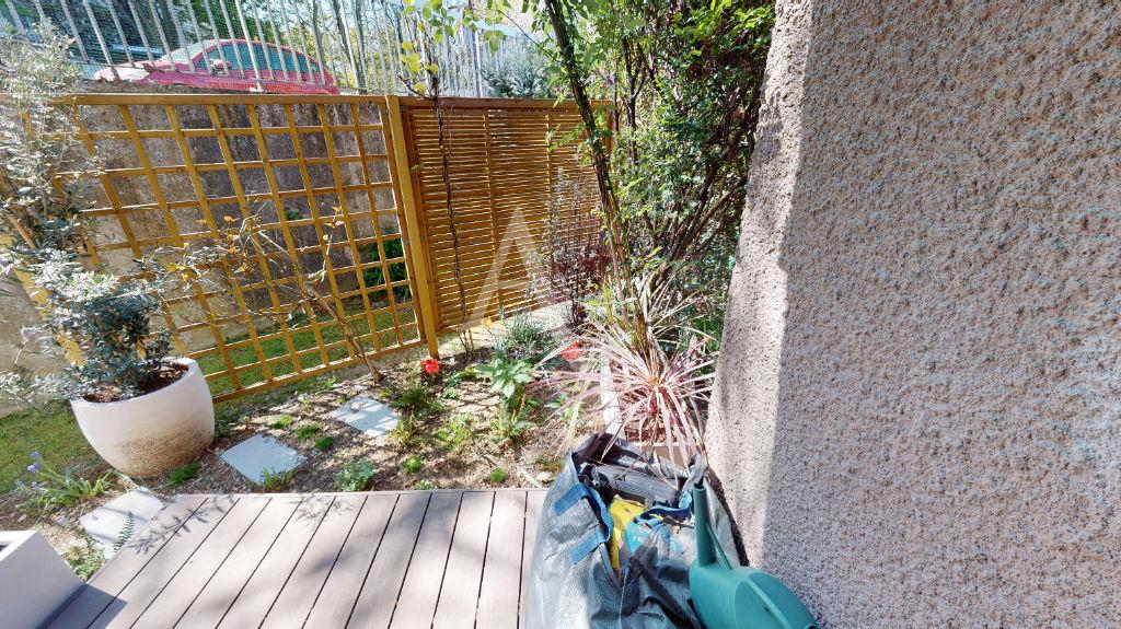 agence immobilière ouverte le samedi: 3 pièces 54 m², dégagement donnant sur le jardin