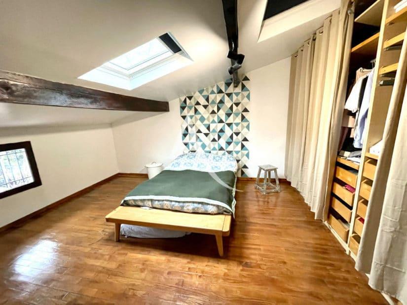 vente maison charenton le pont 94220: 3 pièces + studio, première chambre à l'étage