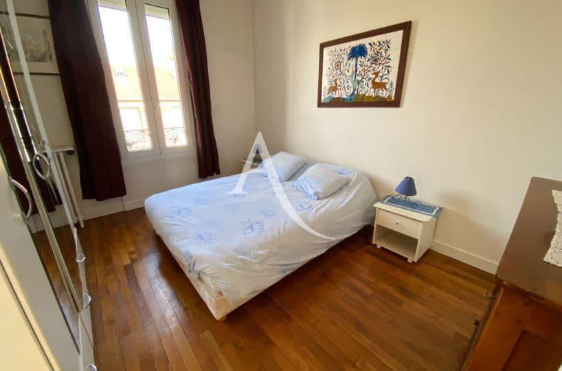 maisons alfort immobilier: maison 7 pièces, belle chambre à coucher avec parquet au sol