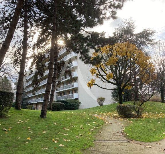 appartement maisons alfort: 4 pièces 84 m², en rez-de-jardin avec double séjour