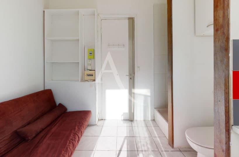 studio a louer alfortville: meublé tout confort, au 1er étage, pièces à vivre 9 m²