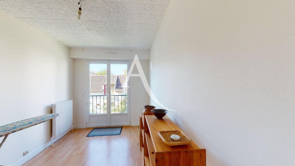 immobilier neuf alfortville: 3 pièces 65 m², chambre à coucher avec balcon
