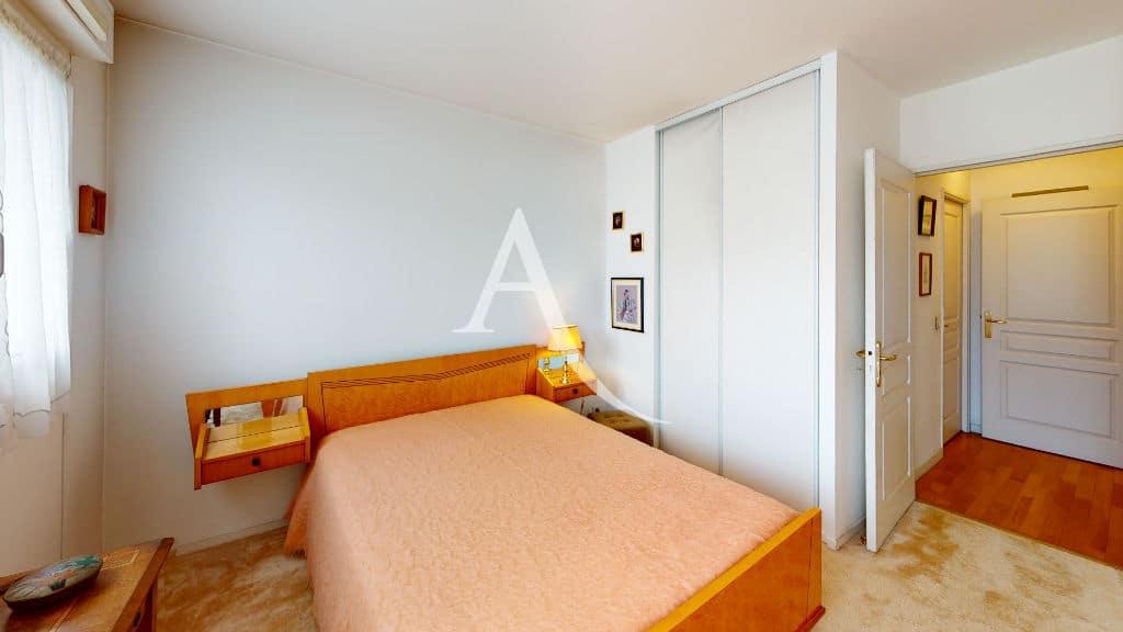 appartement à vendre à charenton-le-pont: 4 pièces 83 m², seconde chambre lumineuse