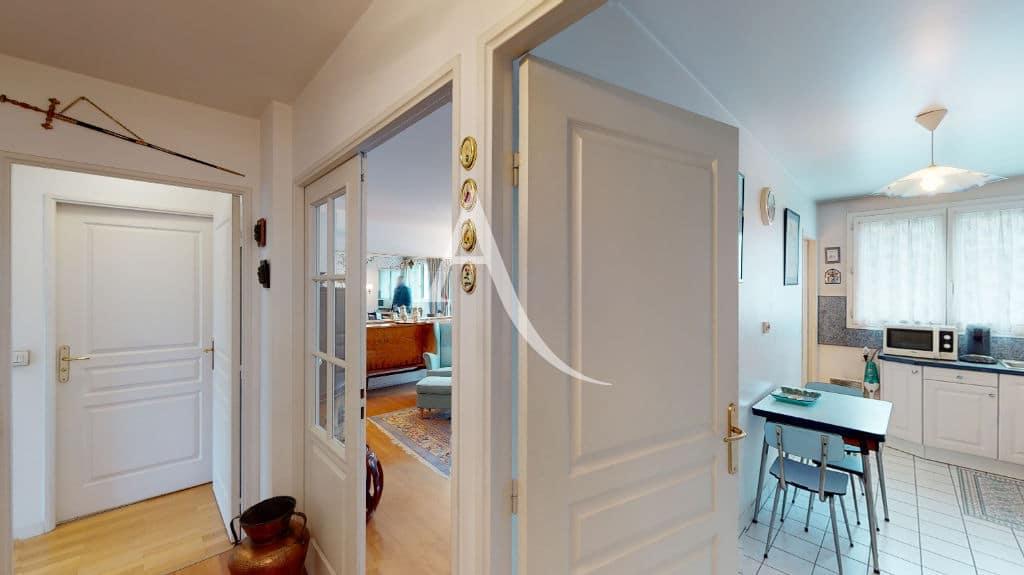 appartement à vendre charenton le pont: 4 pièces 83 m², entrée avec rangements