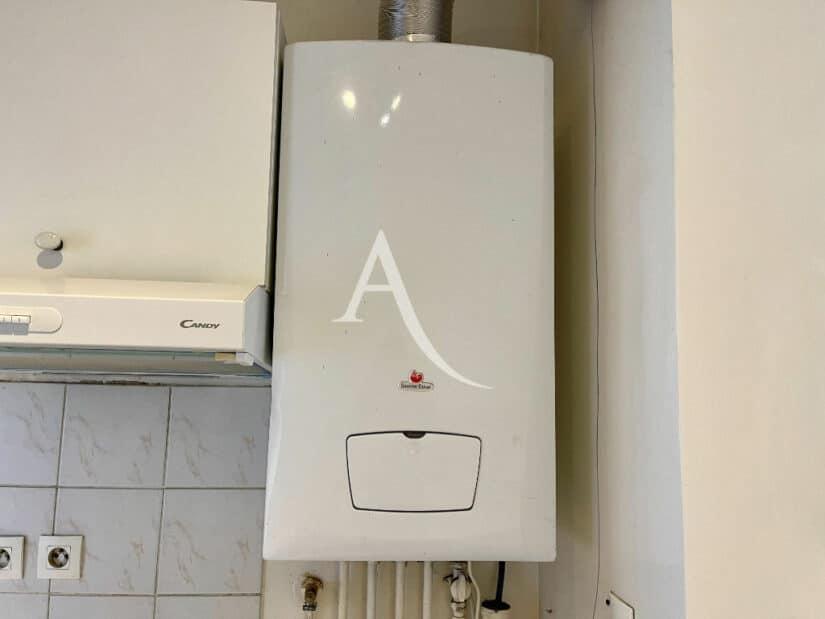 vente appartement 94220: 3 pièces 62 m², chauffage gaz de ville individuel