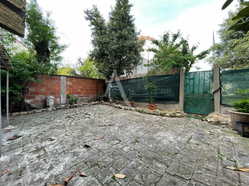 appartement a vendre alfortville: 20 m², rez de chaussée jardin, au calme