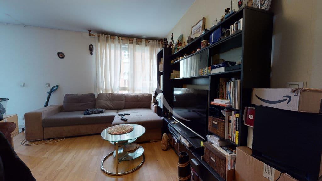 agence immobilière val de marne: 2 pièces 38 m², salon avec cuisine semi ouverte, parking, choisy-le-roi