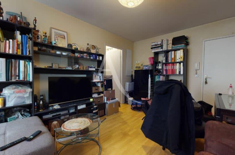 agence immobilière 94: 2 pièces 38 m², grand séjour avec parquet au sol