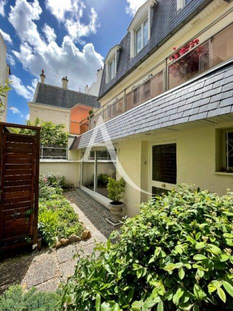 vente maison charenton-le-pont: 4 pièces 90 m² en excellent état et à 60 m du bois de vincennes