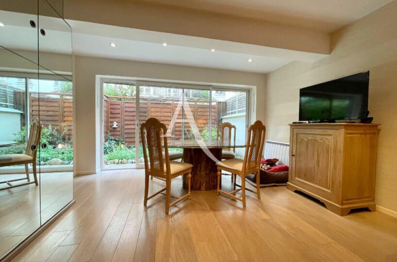maison à vendre charenton: 4 pièces 90 m²,  salon avec terrasse de 11 m², accès jardin