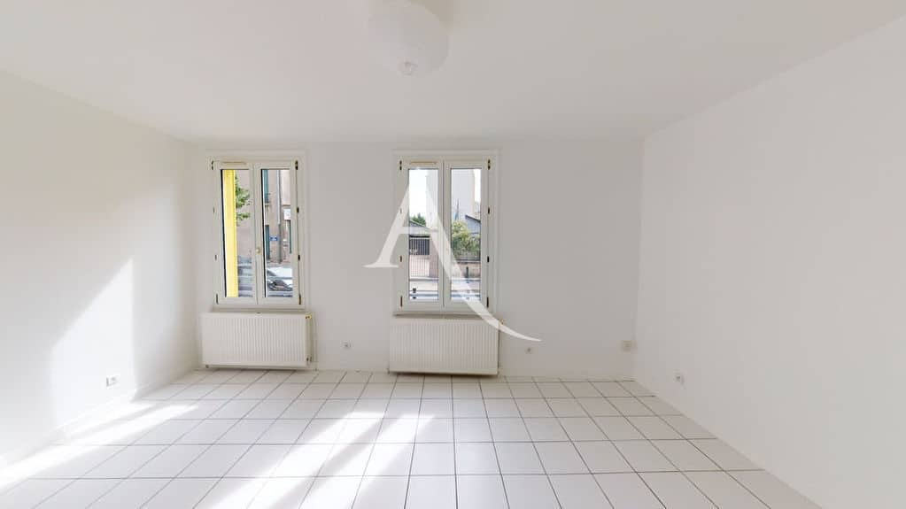estimation appartement alfortville: 2 pièces 39 m², séjour lumineux, 2 fenêtres