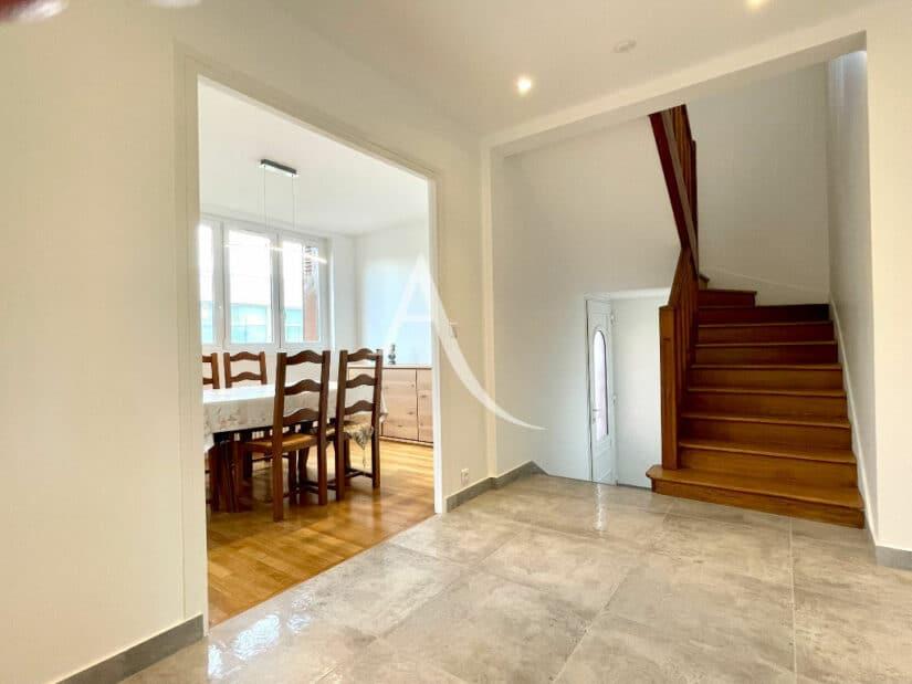achat maison maisons alfort: 5 pièces 111 m², grand dégagement, escalier en bois