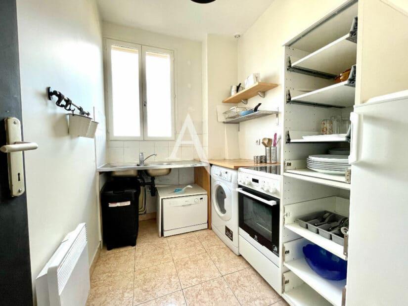 agence immo maisons-alfort: 2 pièces 35 m², cuisine indépendante avec évier double