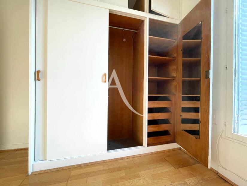 achat appartement maison alfort: 2 pièces 35 m², chambre à coucher, grand placard intégré