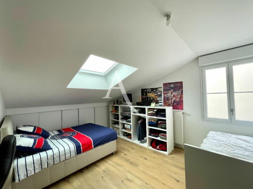 maison alfort appartement a vendre: 4 pièces 91 m², à l'étage, chambre à coucher, lit simple