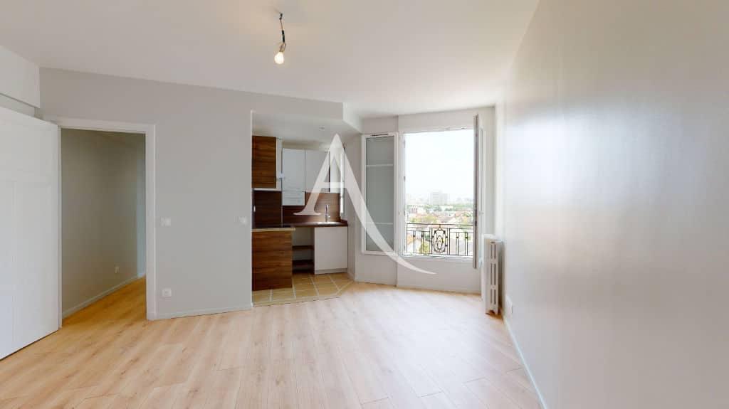 studio à louer maisons-alfort: 27 m², belle pièce bien agencée et rénovée
