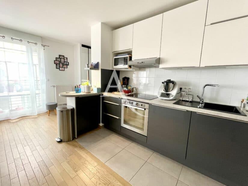 achat appartement maison alfort: 3 pièces 67 m², cuisine ouverte aménagée et équipée