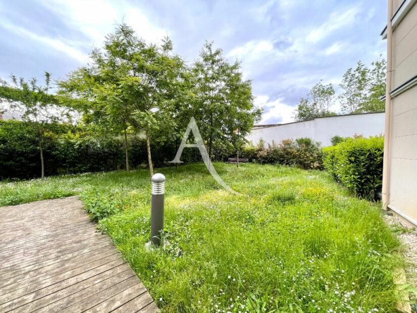 appartement à vendre à maisons-alfort: 3 pièces 67 m², résidence verdoyante