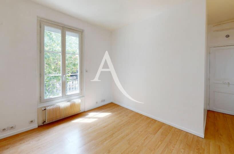 appartement à vendre maisons-alfort: superbe 2 pièces 32 m² bien agencé, refait à neuf, cave