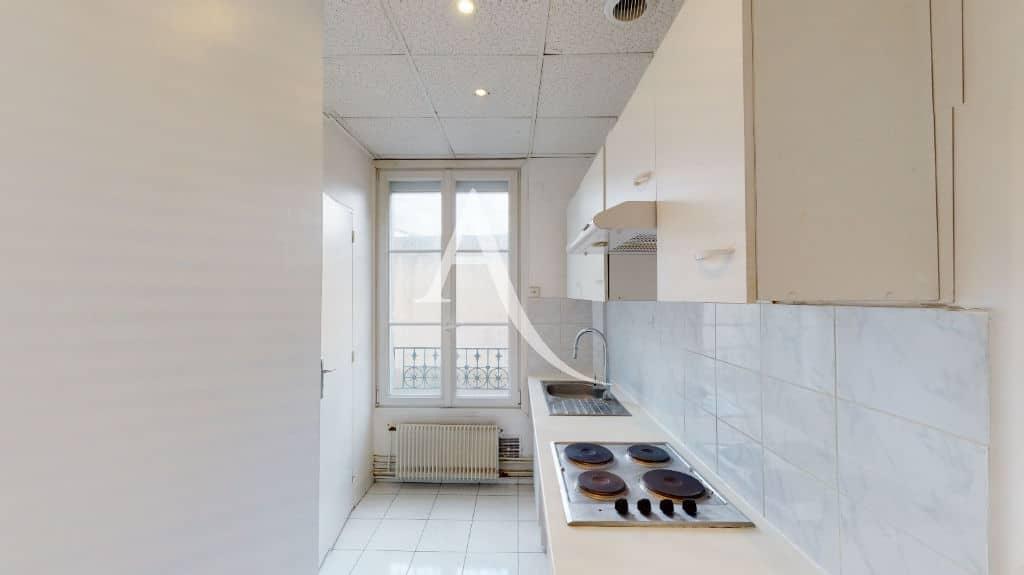 vente appartement maisons alfort: 2 pièces 32 m², cuisine indépendante aménagée