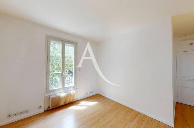 vente appartement maison alfort: 2 pièces 32 m², séjour lumineux, refait à neuf
