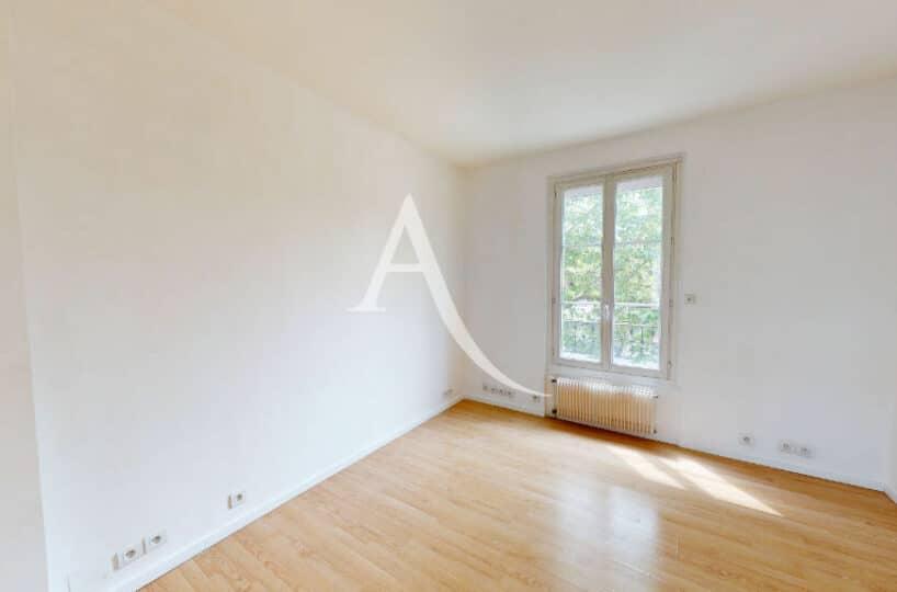 appartement maison alfort: 2 pièces 32 m², séjour bien agencé, refait à neuf
