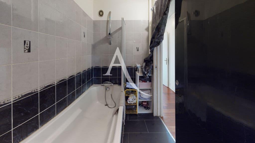 achat appartement maison alfort: 4 pièces 73 m², salle de bain avec baignoire, wc séparé