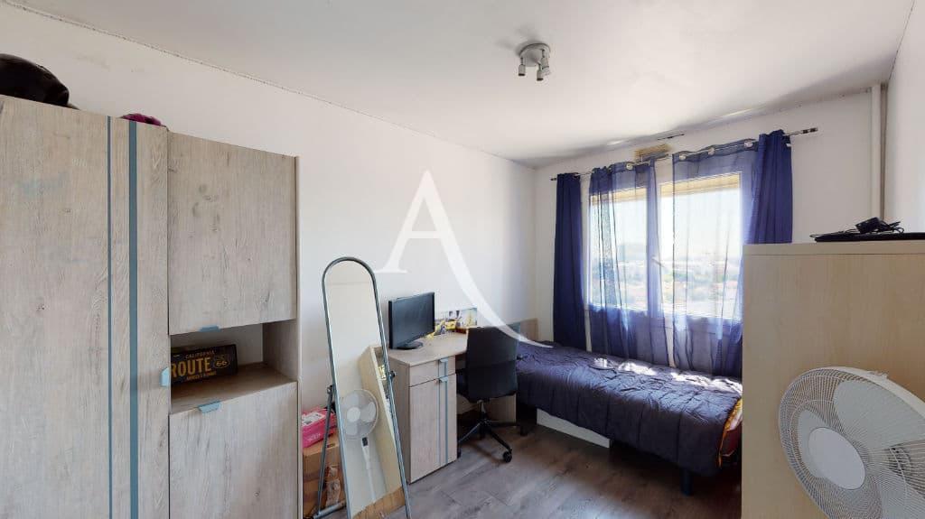 appartement à vendre maison alfort: 4 pièces 73 m², chambre à coucher, lit simple