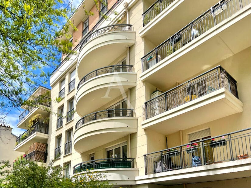 appartement à vendre charenton: 3 pièces 65 m², immeuble 2004, secteur archevêché