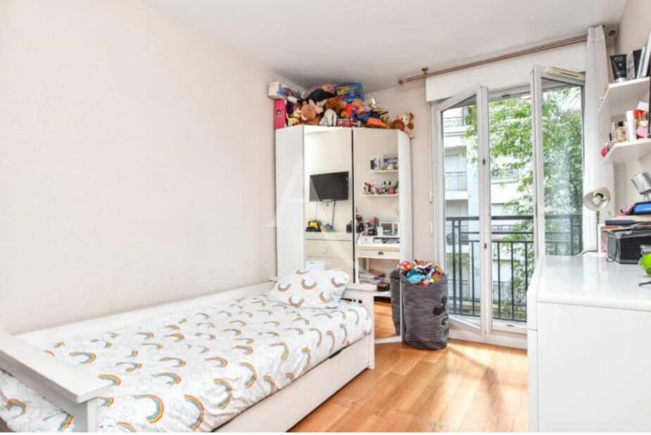 charenton le pont immobilier: 3 pièces 65 m², 1° chambre à couché, lit simple