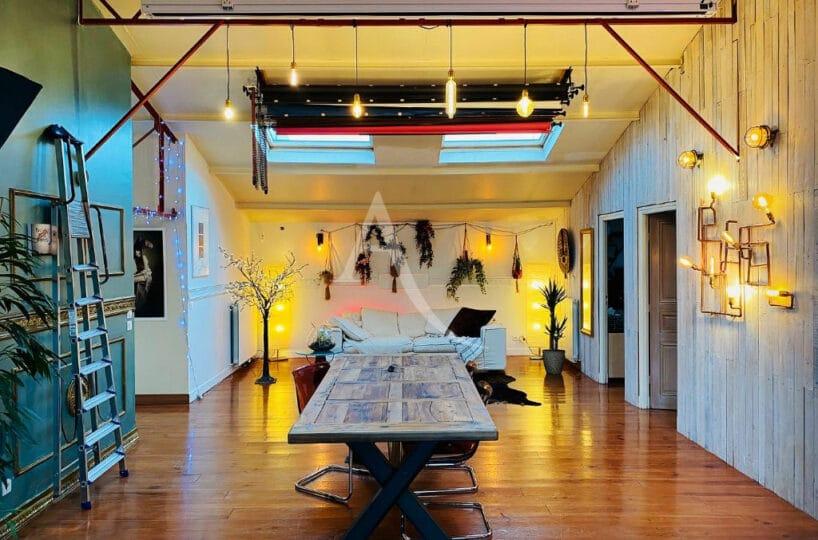 location appartement vitry sur seine: superbe 4 pièces type loft de 144 m², proche de toutes commodités