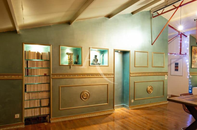 agence immobilière 94: 4 pièces 144 m², meubles et bibliothèque encastrés