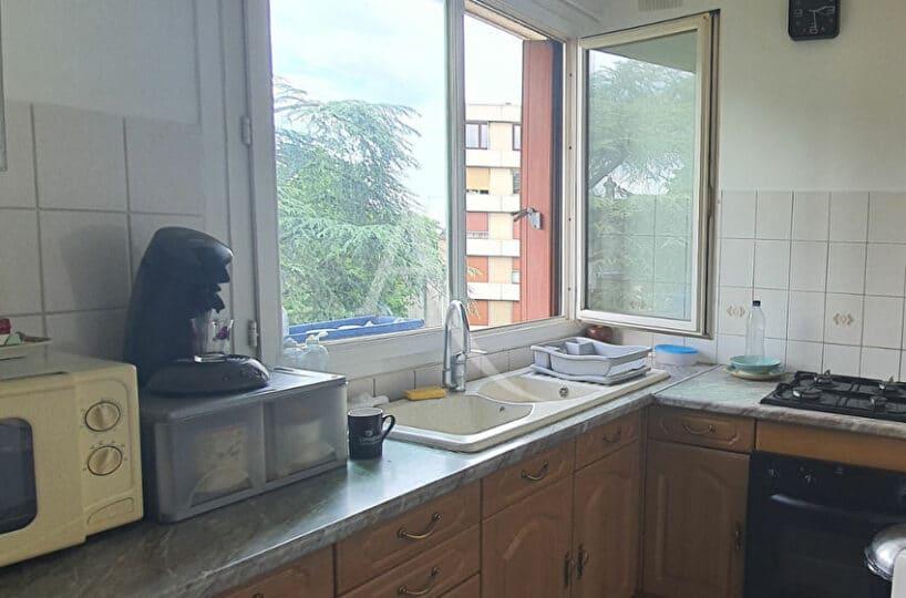 appartement à vendre maisons-alfort: 3 pièces 54 m², cuisine indépendante équipée, secteur mairie