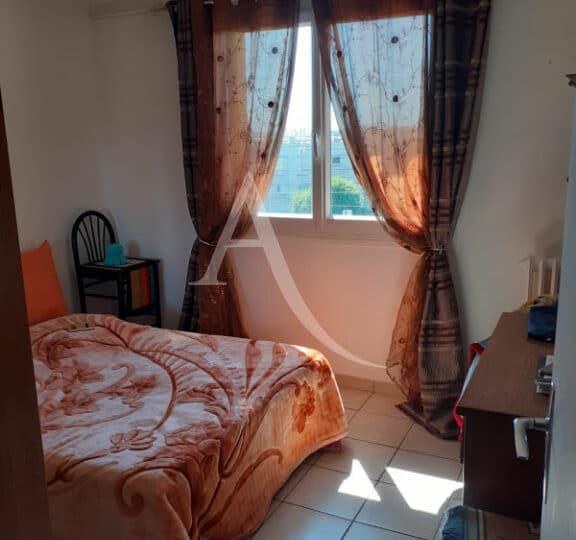 vente appartement maisons-alfort: 3 pièces 54 m², chambre à couché, lit double