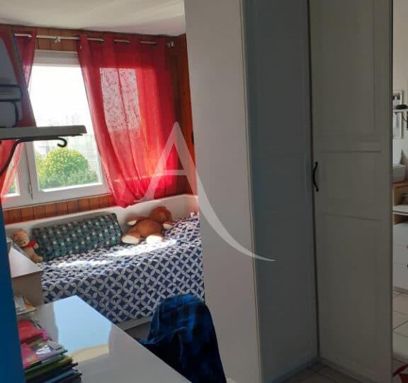 appartement maison alfort: 3 pièces 54 m², chambre enfant lumineuse, lit simple