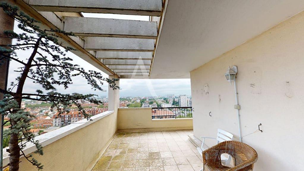 appartement alfortville: 2 pièces 54 m², grande terrasse de 35 m² fermée