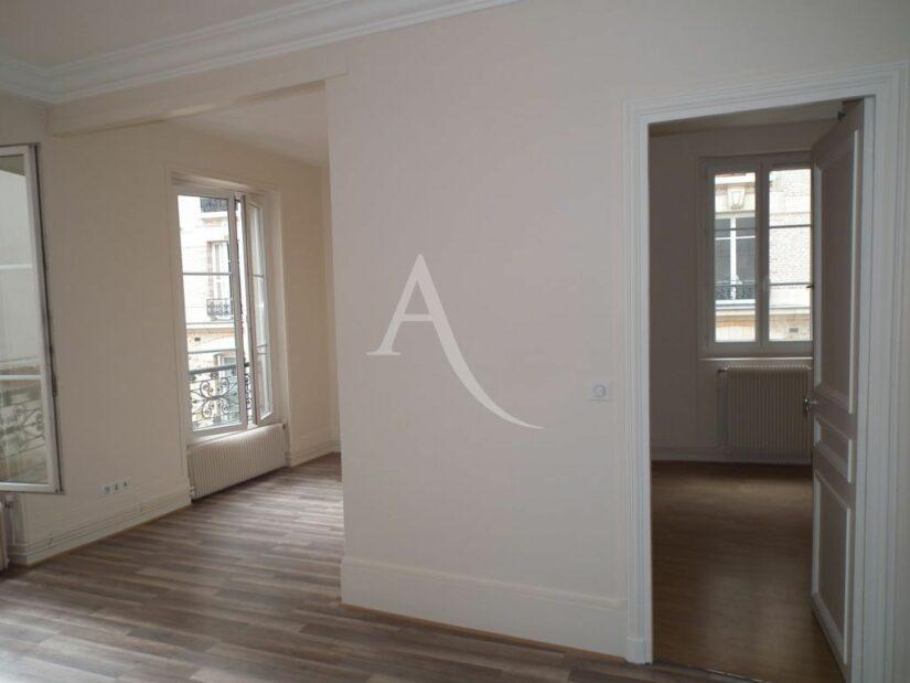 location appartement maison alfort: 2 pièces 37 m², beau séjour lumineux, parquet au sol