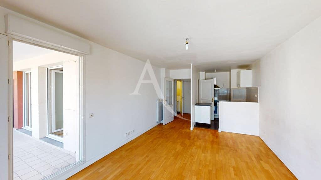 appartement a vendre alfortville: 3 pièces 57 m², séjour lumineux avec cuisine ouvete
