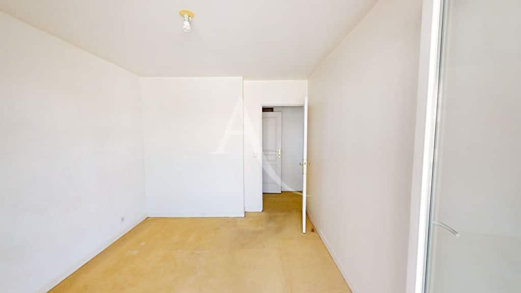 alfortville vente appartement: 3 pièces 57 m², chambre à coucher, plafonnier