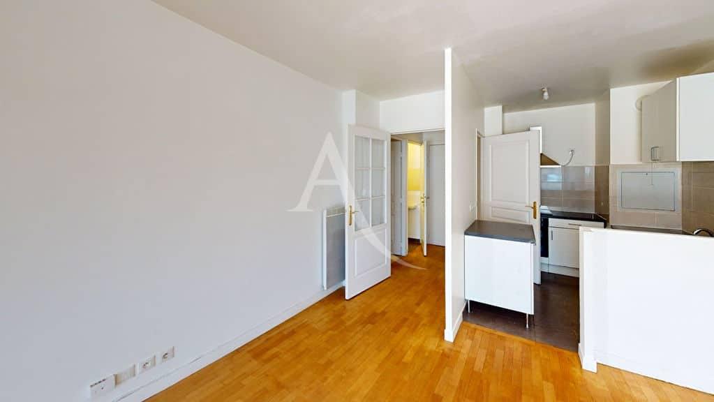 agence immo alfortville: 3 pièces 57 m², cuisine ouverte aménagée et équipée
