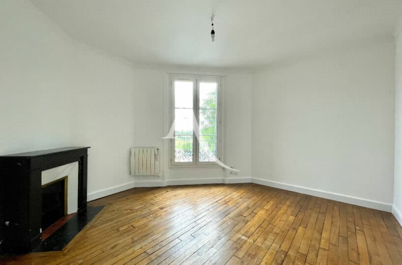 agence immobilière val de marne: 2 pièces 36 m² avec vue dégagée, cheminée en marbre et parquet chêne, 350 m du rer c, station vitry-sur-seine