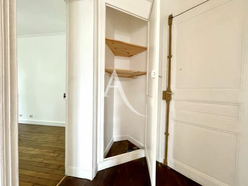 l adresse immobilier: 2 pièces 36 m², entrée avec débarras, penderie