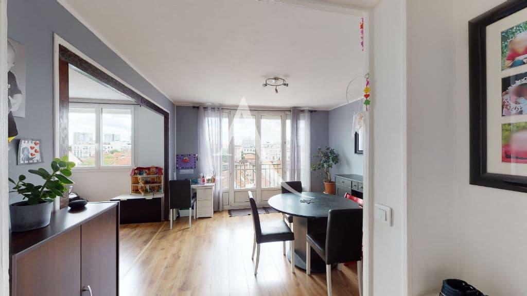 agence immo maisons-alfort: vente appartement 3 pièces 68 m², grand séjour lumineux