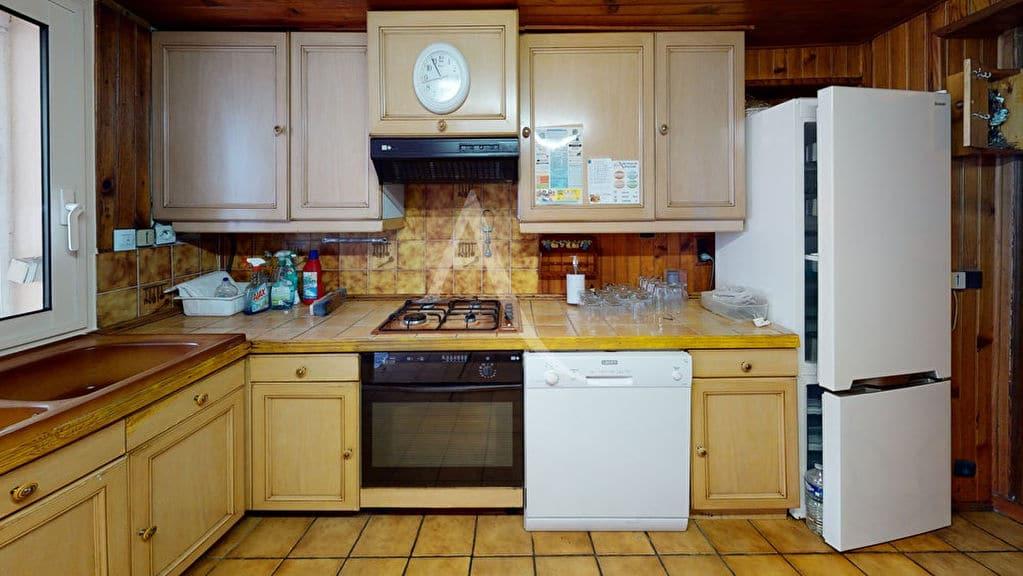 maison a vendre a alfortville: 5 pièces 90 m², cuisine indépendante aménagée