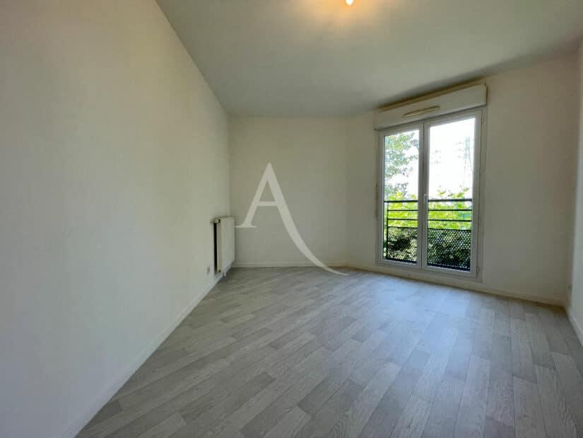 agence immobilière alfortville: 3 pièces 60 m², 1° chambre à coucher, plafonnier