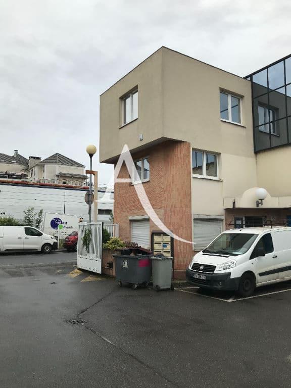 immobilier neuf alfortville: 2 pièces 104 m² avec une place de parking, climatisation, alarme pour activités commerciales