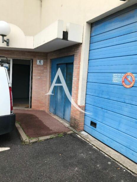 agence immo alfortville: 2 pièces 104 m², entrée au 6 rue volta, 2° étage
